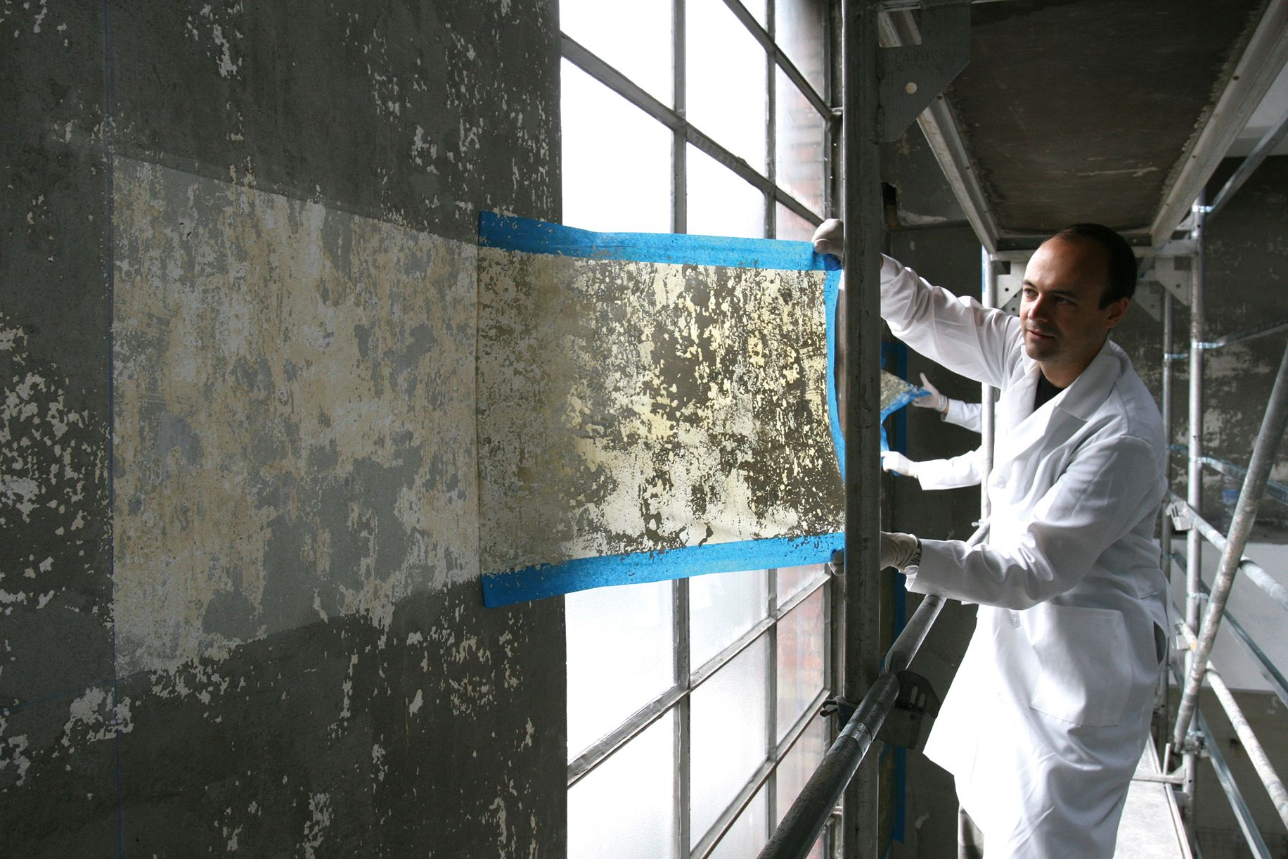 "Jorge Otero-Pailos working on the project ""The Ethics of Dust"", 2009."